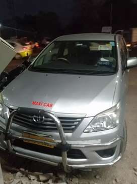 Toyota Innova G4 showroom condition original paint