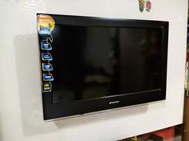 Sansui 32 inch LCD TV