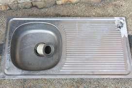 Kitchen sink / tempat cuci piring