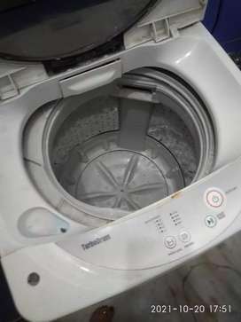 L.g automatically washing machine