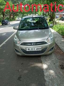 Hyundai i10 Sportz AT, 2011, Petrol