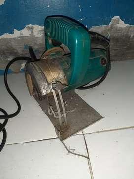 Mesin Potong Keramik Merk Makita