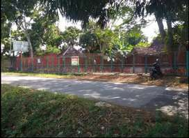 Dikontrakkan Tanah Dan Bangunan Joglo