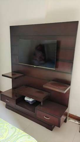 Wooden TV Panel in excellent condition