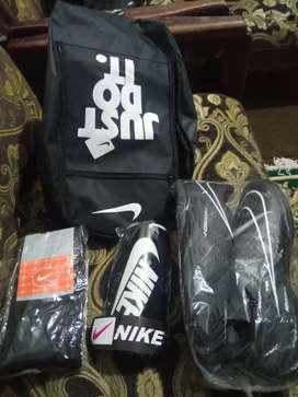 Sepatu futsal lengkap