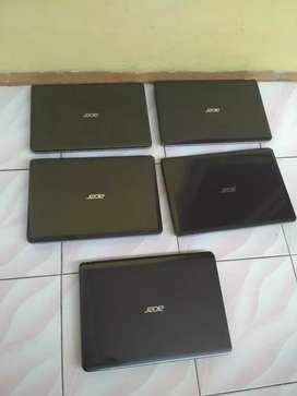 Dijual laptop acer E1