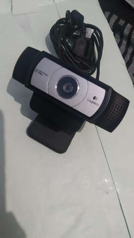 Logitech C930e BUSINESS WEBCAM 1080p HD webcam ,corporate used product