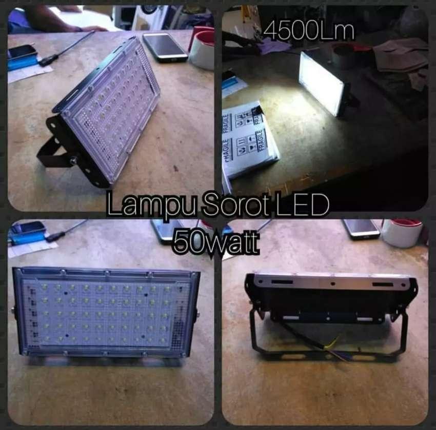 Lampu Sorot LED 50W dengan type SMD LIGHT
