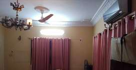 Gulshan e Iqbal bungalow a giant room for rent