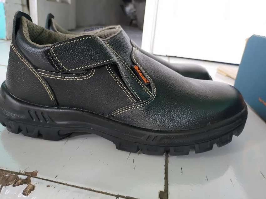 sepatu safety kent baru ukuran 10 /44-45 0