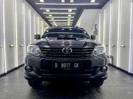 Jual Fortuner Diesel VNT Turbo Hitam Full Service Record Toyota