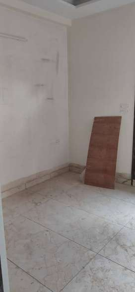 2 BHK FLAT 32 & 35 LAC DAYANAND COLONY GURGAON