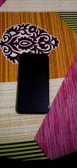 Iphone X black 64gb under warrnty
