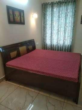 FULLY FURNISHED 2 BEDROOM SET FOR RENT
