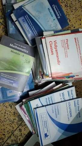 Vidyamandir & Narayana IIT-JEE Books