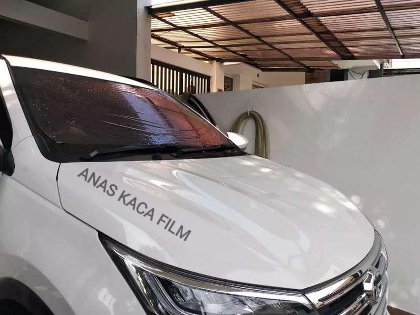 Pemasangan kaca film solusi yang tepat untuk mobil dan gedung anda 0