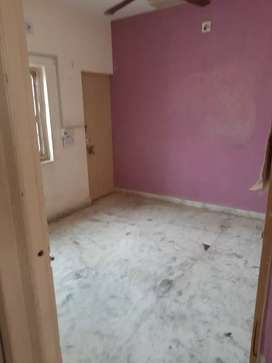 2bhk g.floor flat available for rent  ward 5a adipur