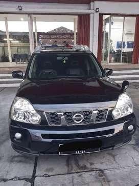 """Nissan X-Trail 2.5 XT Matic / AT """"2009"""" Hitam"""