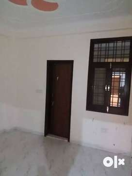 *Buy 3BHK Builder Floor For Sale in Laxman Vihar Phase _2 Gurgoan.%