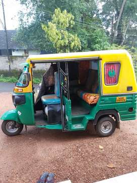 CNG bajaj maxima Auto-rickshaw 2019 model