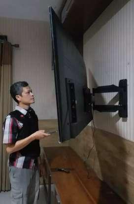 pasang bracket swivel utk gantungan tv led lcd buat tempelan fi tembok