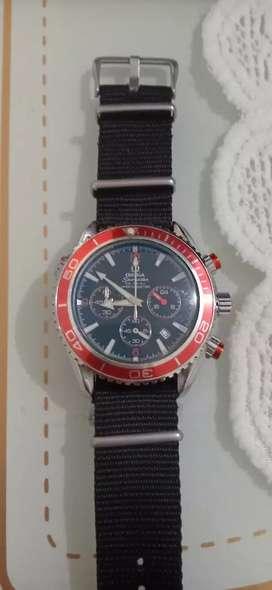 Jam tangan Omega