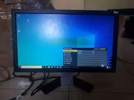 Monitor lcd dell 20 inci E2011 minus polaris G13