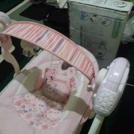 Ayunan bayi electric merk BABYELLE