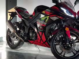 Heavy bike 250cc latest model at force motor sports