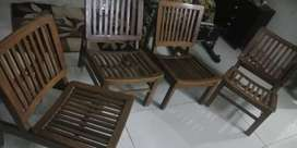 Resting chairs