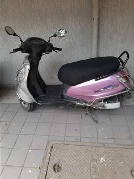 Suzuki Access 125, 2010 model, Pink Colour Special Edition