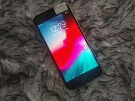 Iphone 6s 32 gb great condition 17 months used
