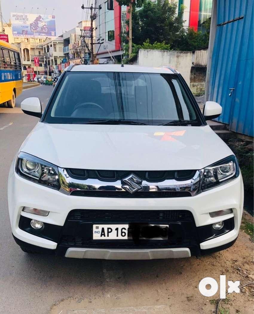 Maruti Vitara Brezza - ZDI AMT(Auto gear) 2018 July- only 11,500 kms 0