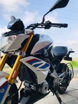 BMW 310R in excellent condition