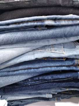 Pair of jeans + t-shirt