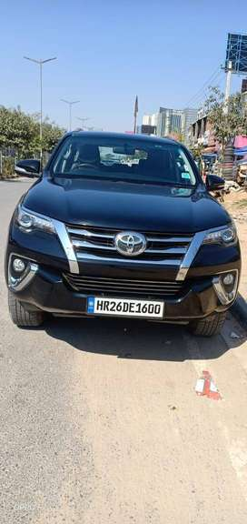 Toyota Fortuner 2.8 4WD AT 2017