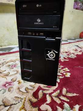 Pc for sale in mint condition no issue working perfectly
