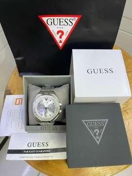 Jam tangan GUESS pria silver tone stainless steel 46mm garansi resmi