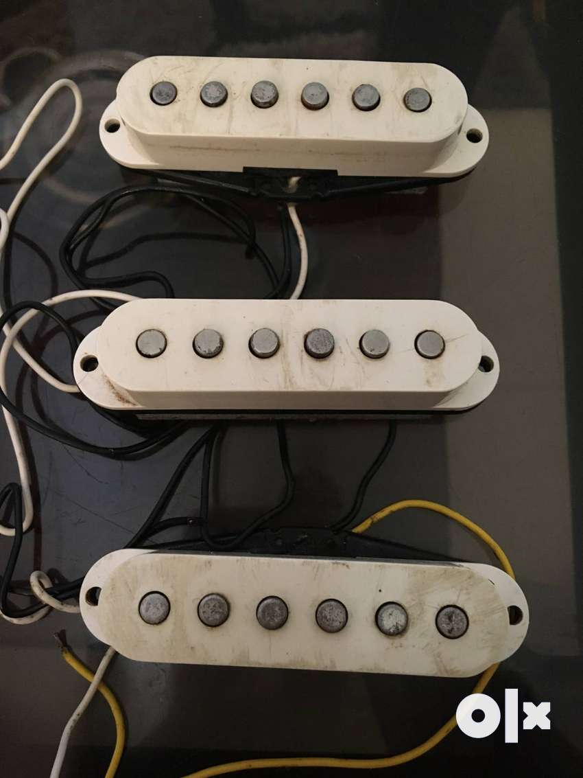 FENDER ELECTRIC GUITAR PICKUPS (MADE IN USA)