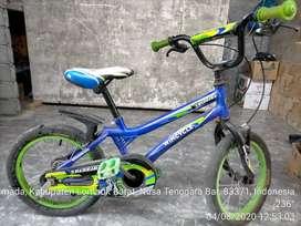 Di jual dua buah sepeda anak, dengan alamat Dusun Merca Timur