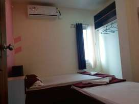 Single furnished Ac / non AC rooms  for rent