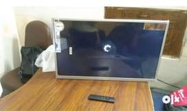 24inch hd led tv new box pack for sell withh one year seller warrnty