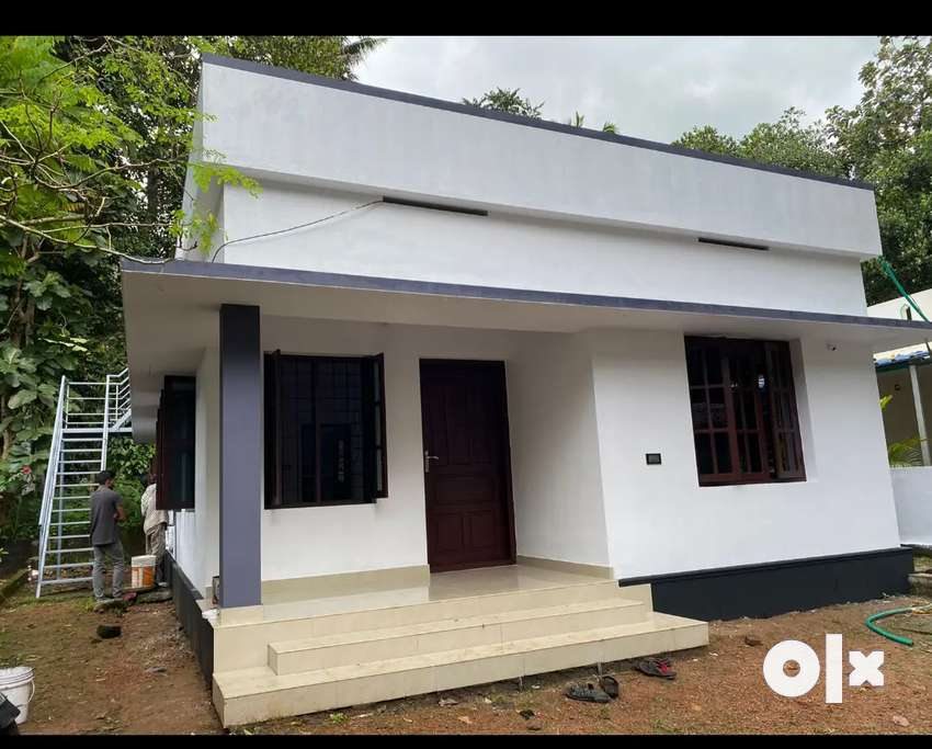 Well maintained house for sale near pazamthottam junction