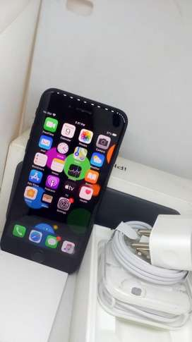 IPHONE 7-32GB BLACK COLOUR WITHOUT USED BRAND NEW