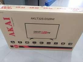 Akai 32inch smart Android 1GB RAM 8GB memory full HD 3y warranty fix