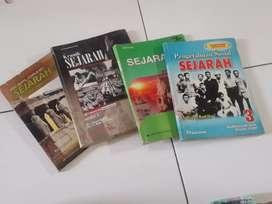 Buku pelajaran sejarah SMP dan SMA