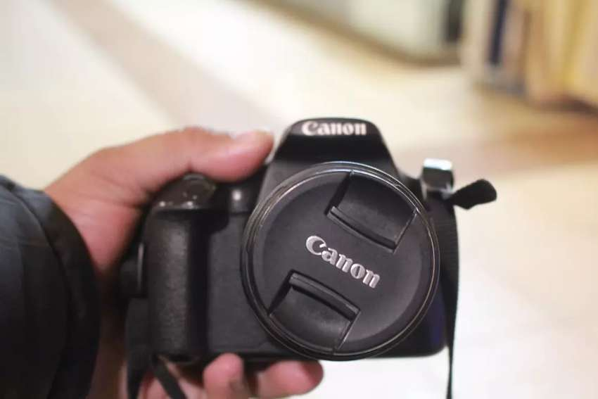 Canon 1200 d with 18 55 mm lens ( lush condition) 0