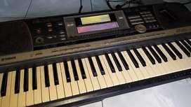 Keyboard Yamaha Psr 640 turun harga