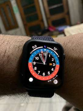 Apple iwatch series 5 44mm Cellular plus gps