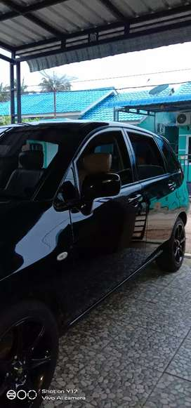 Suzuki Aerio 2003 hitam